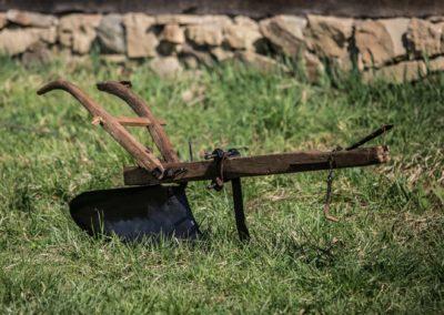 Plug de lemn cu brăzdar de fier, Desești, 1937
