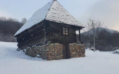 Casa Pălăguță – Muzeul Satului din Baia Mare                                                                                             Șef secție dr. Ilie Gherheș